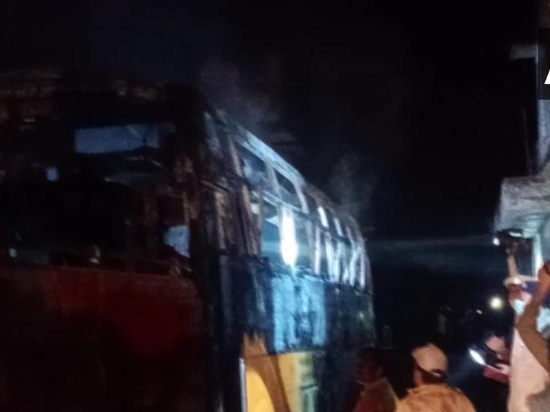 Rajasthan: रास्ता भटकने के बाद बिजली के तारों की चपेट में आई बस, 6 की मौत, 17 झुलसे