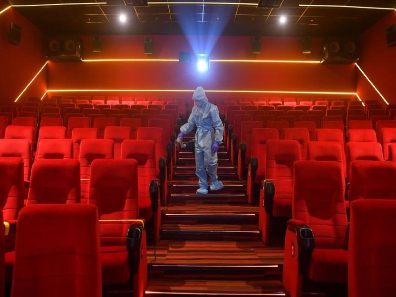 सिनेमाघरों को मिलेगी राहत, 50 फीसदी से अधिक सीटों पर ले सकेंगे बुकिंग