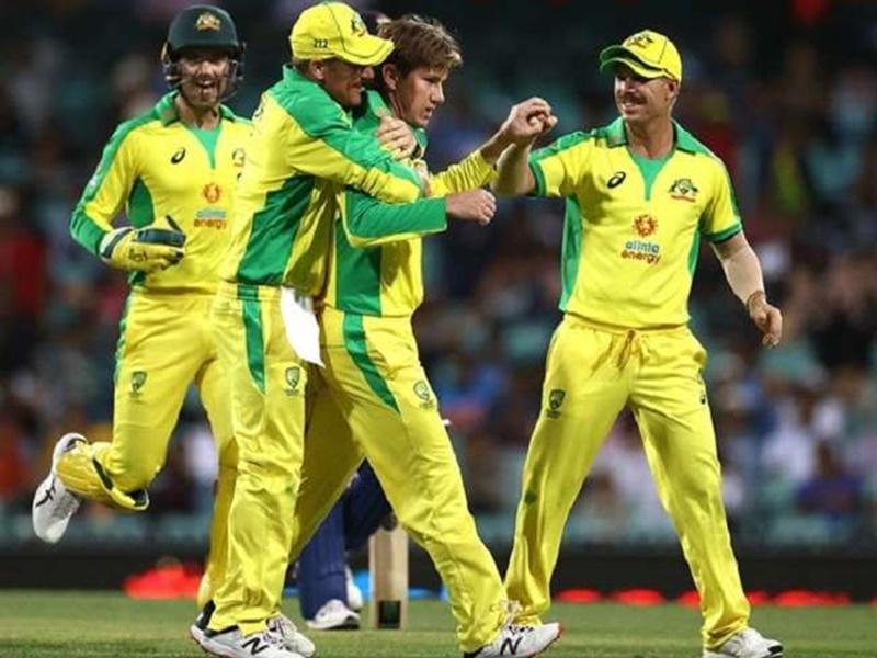 Ind vs Aus: वनडे सीरीज का पहला मुकाबला आस्ट्रेलिया ने 66 रनों जीता, भारत हारा