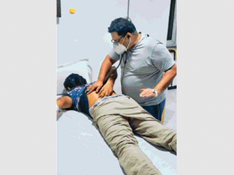 संक्रमित डा.डोसी जिस कोरोना वार्ड में भर्ती हुए वहीं कर रहे मरीजों का इलाज