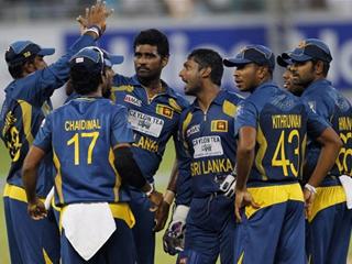 पाकिस्तान को हराकर श्रीलंका ने बचाया नंबर वन का ताज