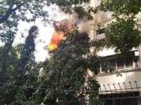 Kapil Sharma Apartment caught Fire : वक्त पर मिली खबर तो बच गई बिल्डिंग