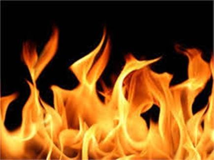 बदनावर में निजी बैंक के उप शाखा प्रबंधक ने खुद को लगाई आग, मौत