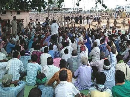 VIDEO : बस्तर के पदयात्री किसानों ने अभनपुर में डाला डेरा, आज रायपुर में प्रदर्शन
