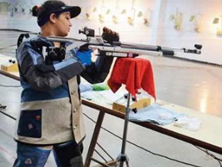 रिक्शा चालक ने नेशनल लेवल शूटर बेटी के लिए यूं खरीदा 5 लाख का राइफल