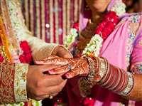 जर्मनी के युवक ने मुस्लिम युवती से की हिन्दू रीति रिवाज से शादी