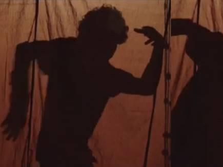VIDEO : प्रभुदेवा के 'मुकाबला' पर नाचते हुए देखिए ईशान खट्टर को