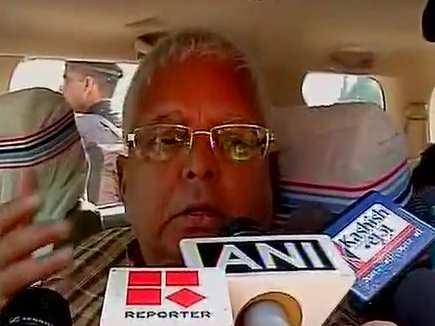 भाजपा शासित राज्यों में दलितों पर हो रहे अत्याचार: लालू यादव