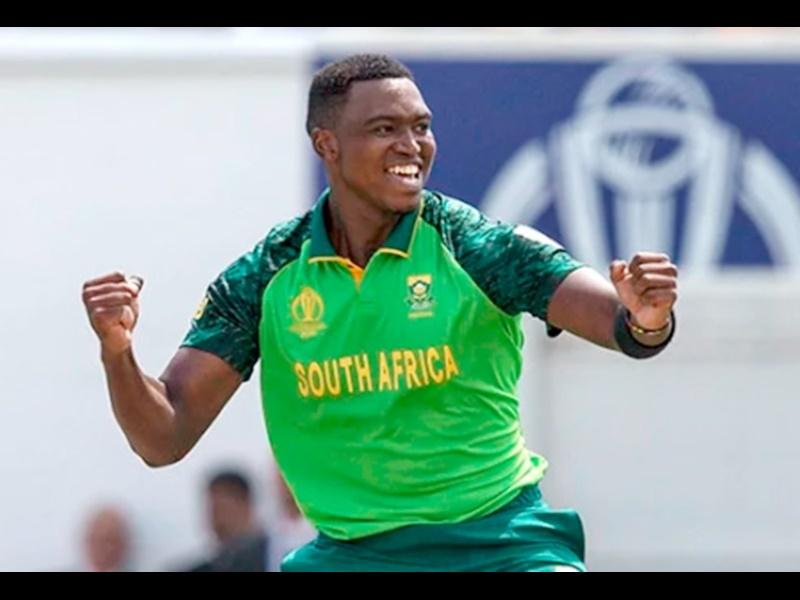 ICC World Cup 2019: द. अफ्रीका को एक और झटका, भारत से मुकाबले से पहले ये खिलाड़ी हुआ बाहर