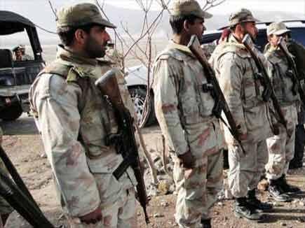 बलूचिस्तान में सेना ने 29 आतंकी मार गिराए