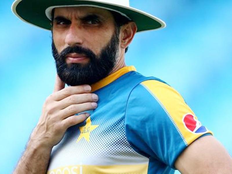 बिरयानी-मिठाई नहीं खा सकेंगे पाकिस्तानी क्रिकेटर, कोच मिस्बाह ने लागू किया डाइट चार्ट