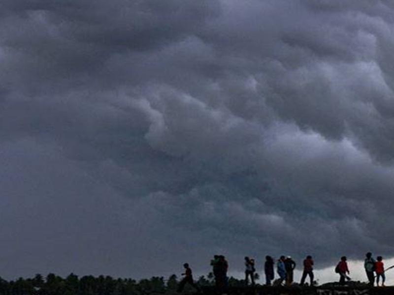 Weather Update : दिवाली से पहले एक बार फिर भारी बारिश की आशंका, जानिये मौसम का हाल