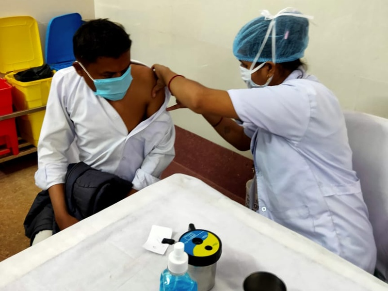 भोपाल में आज 171 केंद्रों पर लगेगा टीका, 45 से ऊपर के छह लाख लोगों के टीकाकरण का लक्ष्य