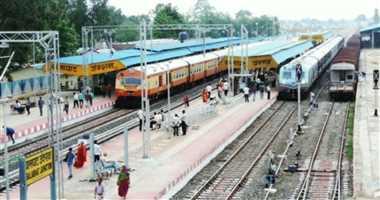 डेढ़ साल से बालाघाट से कटंगी ट्रेन बंद होने से हो रही परेशानी