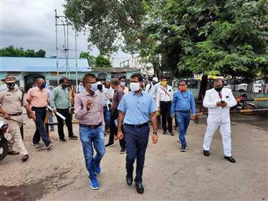 रेलवे के नए जीएम का स्वागत करने खंडवा पहुंचे डीआरएम