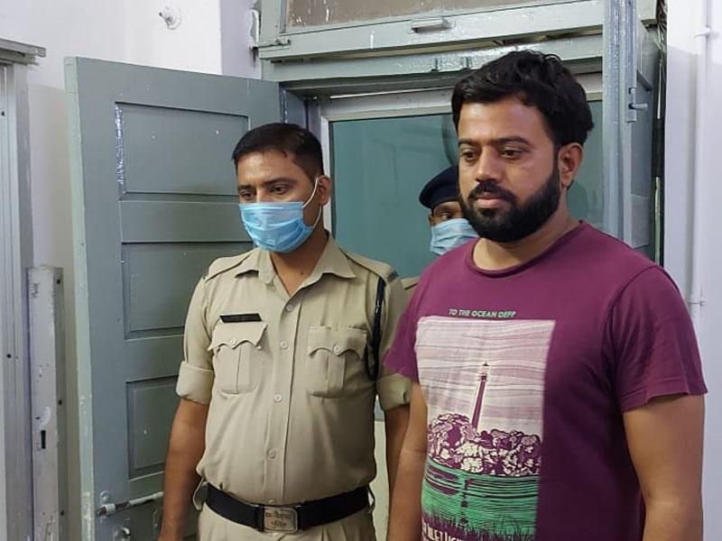 Fraud Case in Raipur: लिफ्ट के पार्ट्स सप्लाई के नाम पर रायपुर में ठगी करने वाला जलगांव से गिरफ्तार
