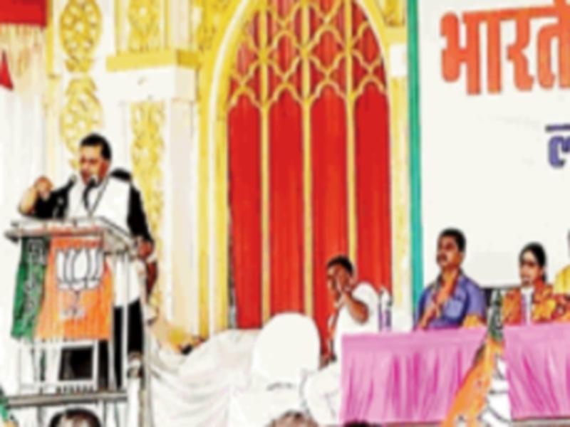 Gwalior Political News: भाजपा की मंडल बैठक में पवैया बाेले- कोरोना काल में मोदी सरकार नहीं होती तो देश अराजकता की तरफ चला जाता