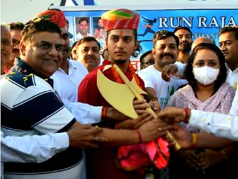 Jodhpur : चालीस दिन में 4000 किलोमीटर की दौड़ पूरी करेगा 17 साल का तनिष्क गौड़