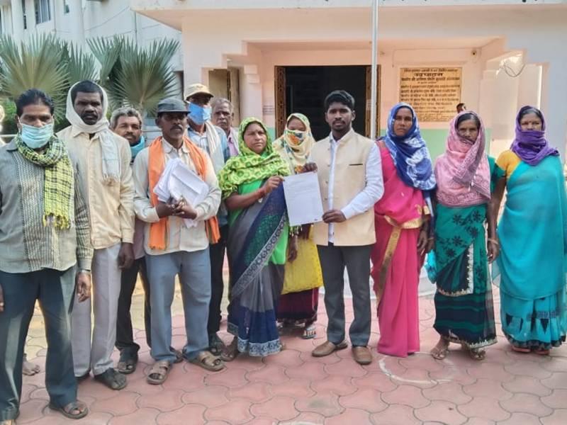 Chhattishgarh News: 26 सालों से कर रहे खेती, नहीं मिला वन अधिकार पट्टा