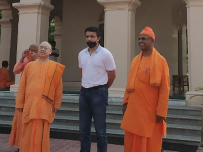 25 साल बाद बेलूर मठ पहुंचे Sourav Ganguly ने दान किया 2000 किलो चावल