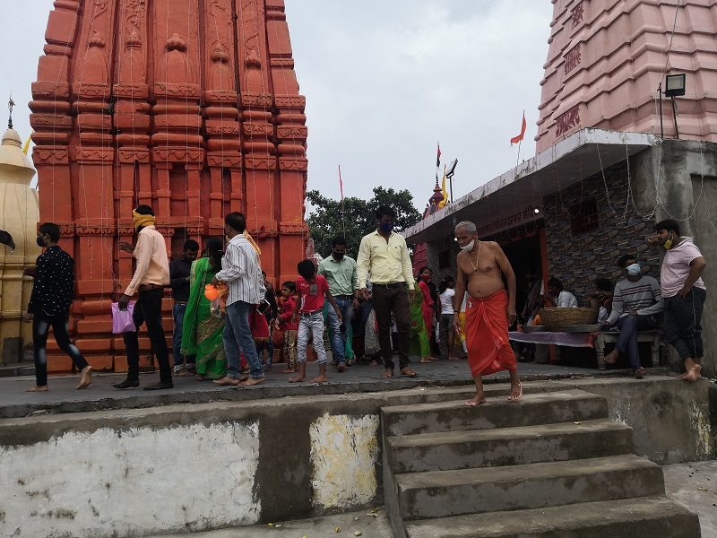 Sawan 2021 In Raipur: दूसरे सावन सोमवार पर रायपुर के शिवालयों में उमड़े भक्त