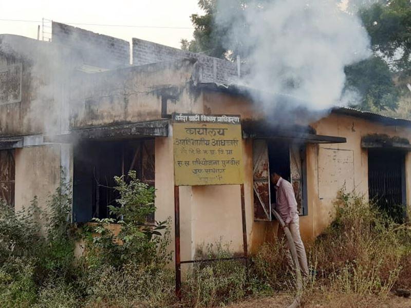 Fire in Barwani: बड़वानी में एनवीडीए कार्यालय में लगी आग, पुनर्वास संबंधित रिकार्ड खाक