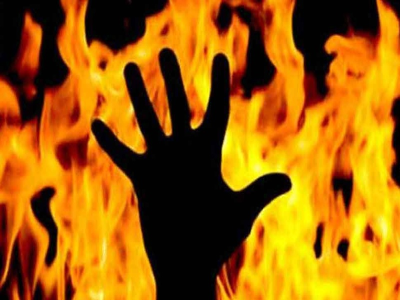 Raipur Crime : रायपुर के माना इलाके में मिली महिला और बच्ची की अधजली लाश