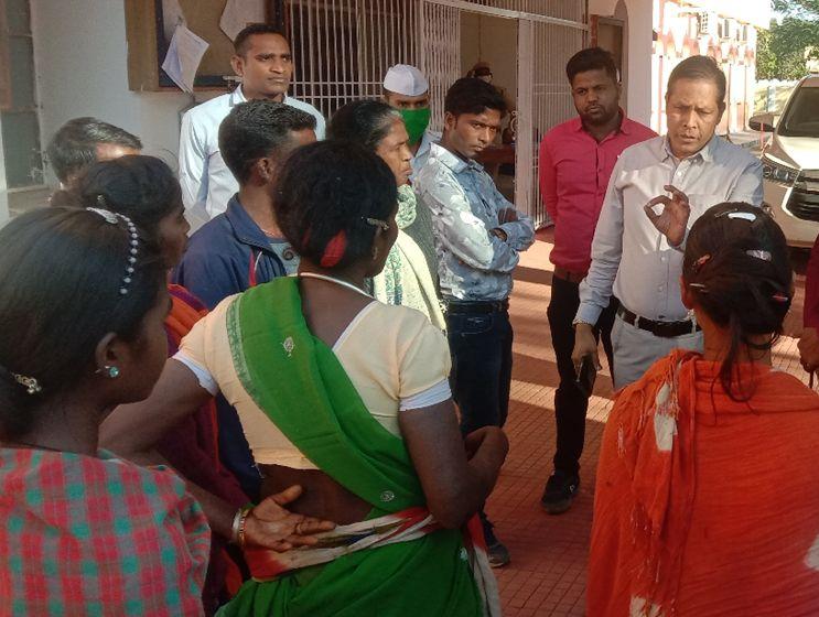 Chhattisgarh Crime News: पुलिस पर गर्भवती महिला समेत पांच लोगों से लगा मारपीट का आरोप