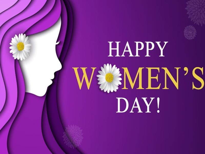 Market Strategy: महिला दिवस को भुनाने में लगी कंपनियां