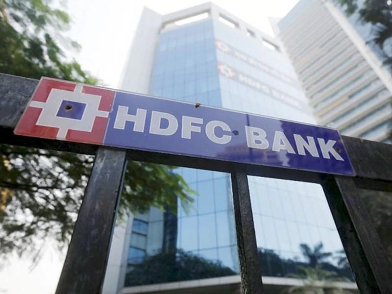 HDFC Banking Services: HDFC बैंक के मोबाइल और नेट बैंकिंग रहे ठप, जानें इसकी वजह
