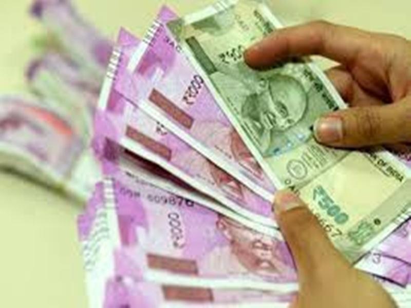 Bhind News: गुजरात की कंपनी ने जुटाया पांच लाख से ज्यादा लोगों का निजी डाटा, कई के बैंक अकाउंट से नकदी पार