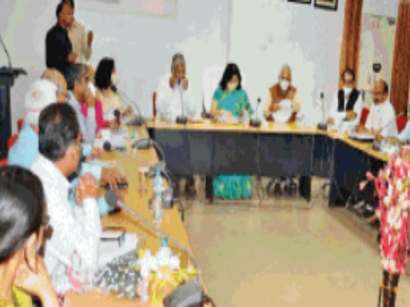Gwalior JU Budget News 2021: बंद संस्थानों में किए लाखों खर्च, ईसी मेबरों ने किया हंगामा