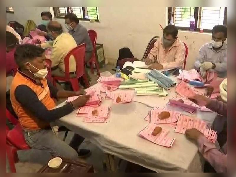 UP Panchayat Election Result 2021: अयोध्या के बाद बीजेपी का वाराणसी और गोरखपुर में प्रदर्शन रहा निराशाजनक