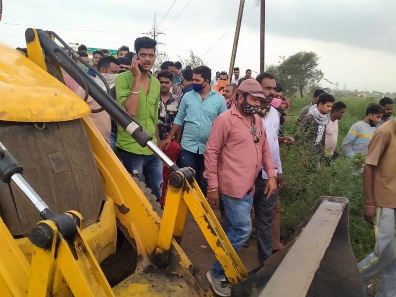 Road Accident In Raipur: रायपुर में तेज रफ्तार ट्रक की चपेट में आने से दो की मौत, तीन घायल