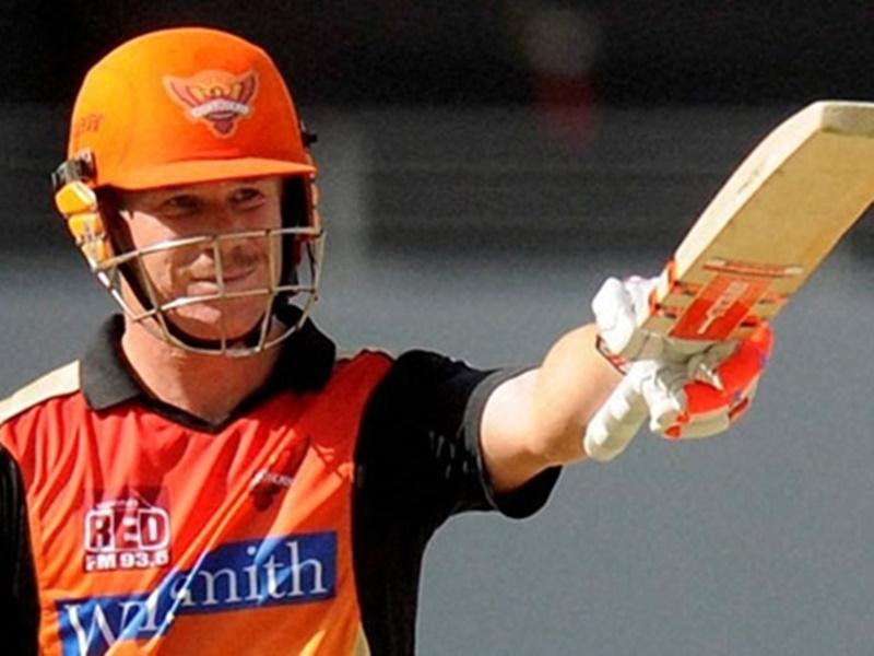 David Warner ने तोड़ा Virat Kohli का रिकॉर्ड, IPL में यह कमाल करने वाले पहले बल्लेबाज बने