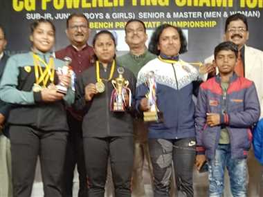 दुर्ग, भिलाई और रायपुर के लिफ्टरों का रहा दबदबा