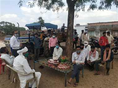 कुम्हारबेड़ी में ग्रामीणों ने शादियों पर लगाई रोक