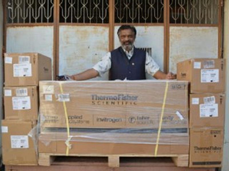 Jabalpur News: 35 लाख लागत की कोविड RNA एक्सट्रेक्शन मशीन एवं टेस्टिंग किट्स प्रशासन को देगा रोटरी क्लब जबलपुर साउथ