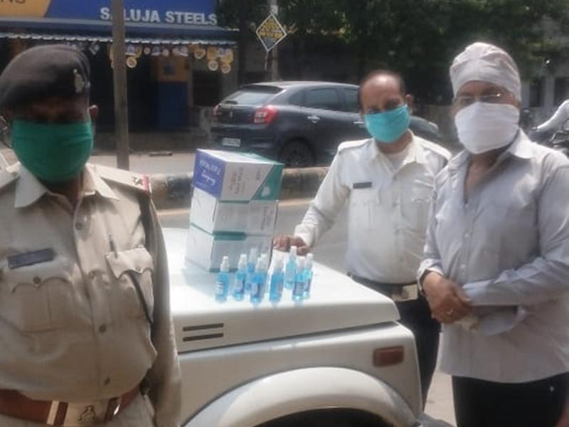 Corona Fighter: संक्रमण काल में सेवा के लिए समर्पित है सिख समाज