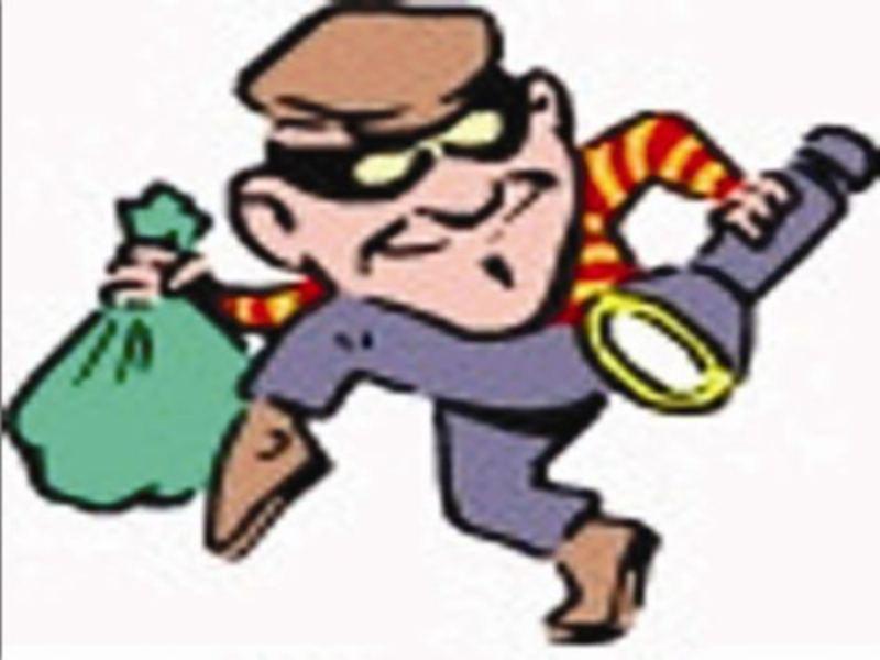 Gwalior Crime News: सूने मकान के ताले टूटे, बाइक सहित डेढ़ लाख का माल चाेरी