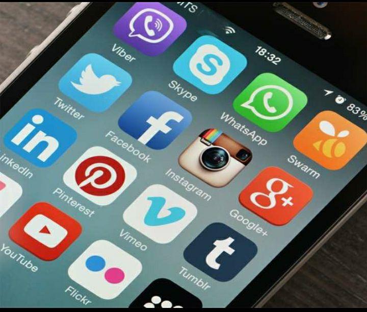 कोरोना की लगातार मिल रही नकारात्मक अपडेट्स से लोग बना रहे इंटरनेट मीडिया से दूरी