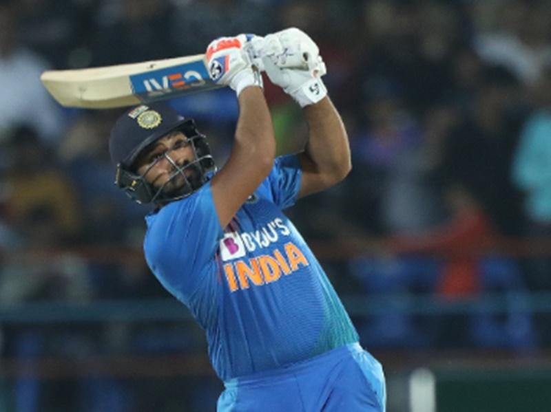 India vs West Indies: रोहित शर्मा इंटरनेशनल क्रिकेट में 400 छक्कों की उपलब्धि से एक कदम दूर