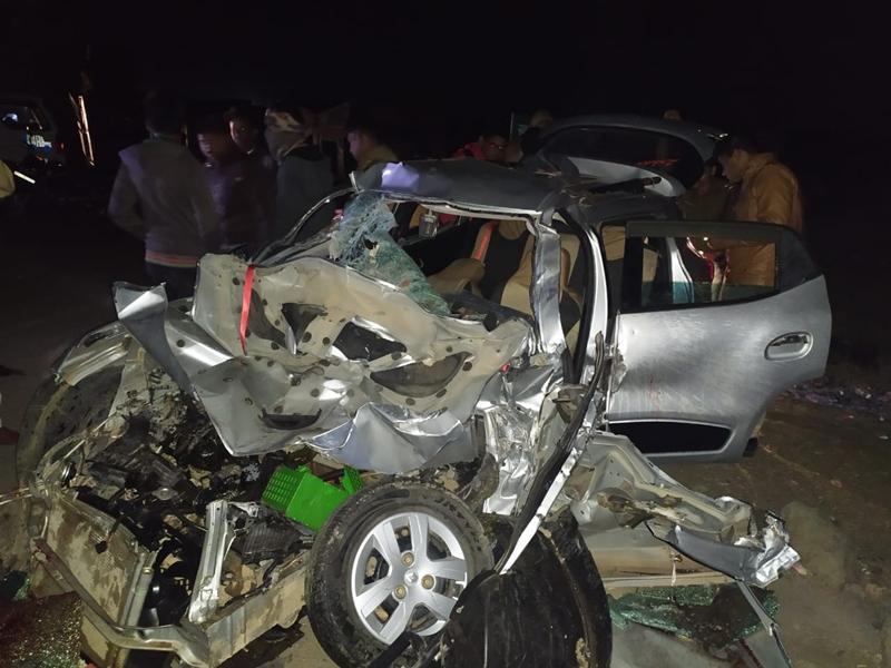 Accident in Madhya Pradesh : उन्हेल-नागदा रोड पर सड़क हादसे में पांच की मौत, 2 घायल