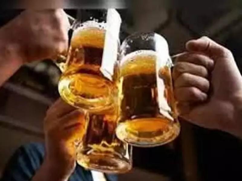 इस राज्य में अब महंगी नहीं होगी देसी शराब, 1 अप्रैल से बीयर के दाम भी होंगे कम