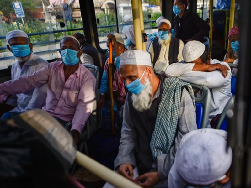 Tablighi Jamaat वालों ने बस में यात्रियों को बांटी थी पेठे की मिठाई, अब खाने वालों की तलाश