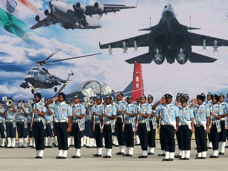 Indian Air Force Recruitment 2021: भारतीय वायुसेना में निकली 1524 भर्तियां, 30 दिन के अंदर भर दें फॉर्म