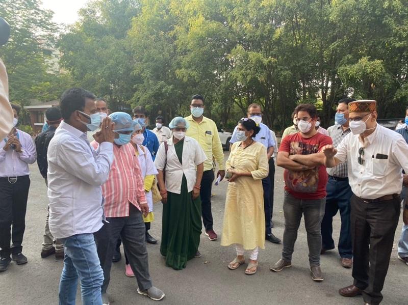 Coronavirus Indore News:  स्वास्थ्य संगठनों की चेतावनी- कलेक्टर को नहीं हटाया तो देंगे सामूहिक इस्तीफा