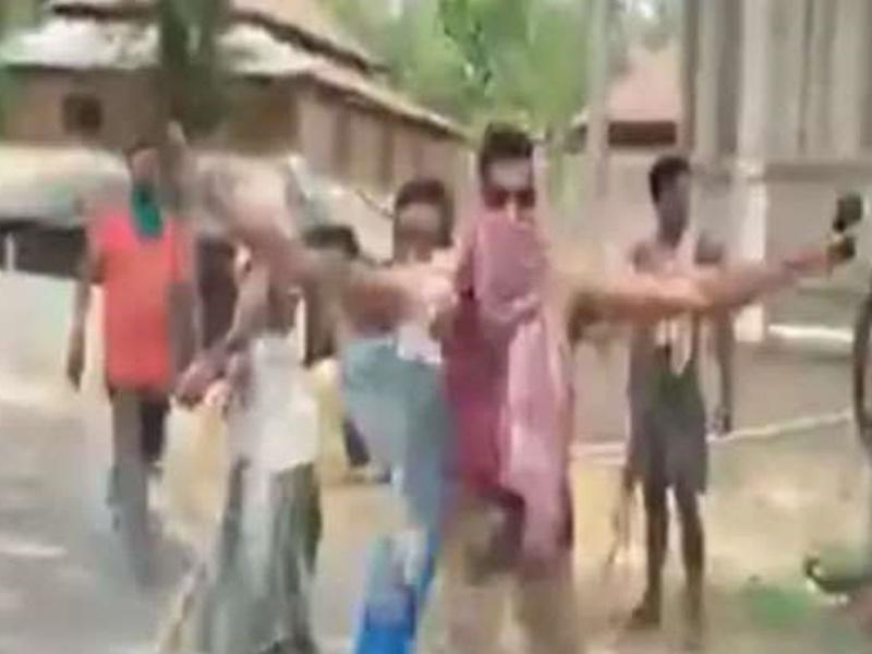 बंगाल में हिंसा जारी, अब विदेश राज्यमंत्री वी मुरलीधरन के काफिले पर हमला, कई लोग घायल