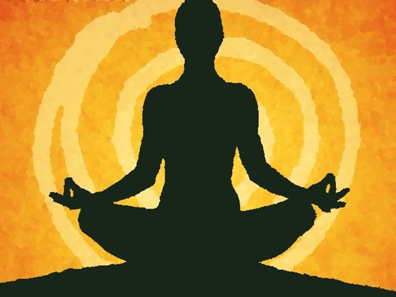 Online Yoga: बीमारी से बचाव के लिए ऑनलाइन योग, केटीयू के सामुदायिक रेडियो से प्रसार