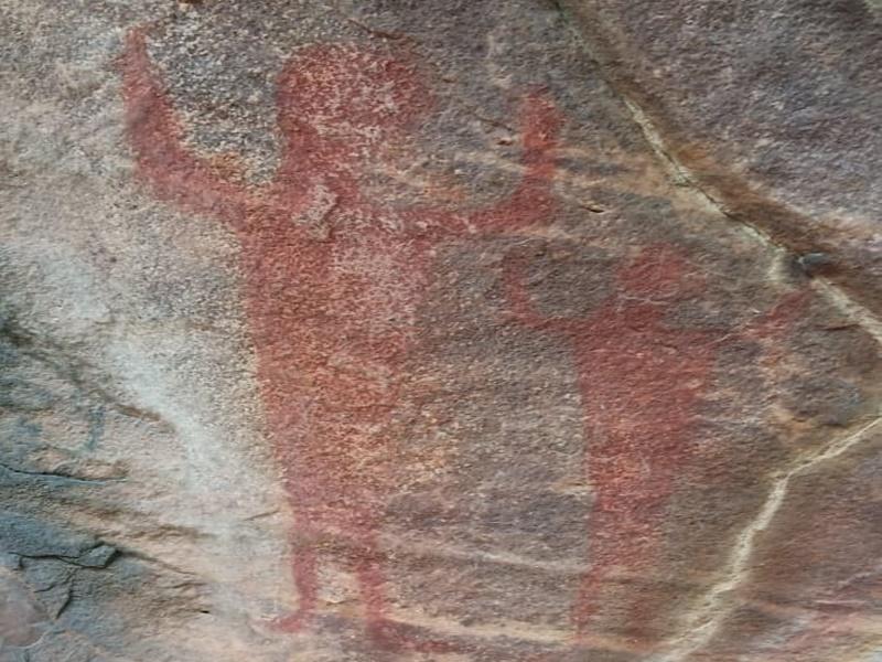 छत्तीसगढ़ के कोरबा में दुल्हा-दुल्ही पहाड़ के शैलचित्रों में सीताहरण की कहानी